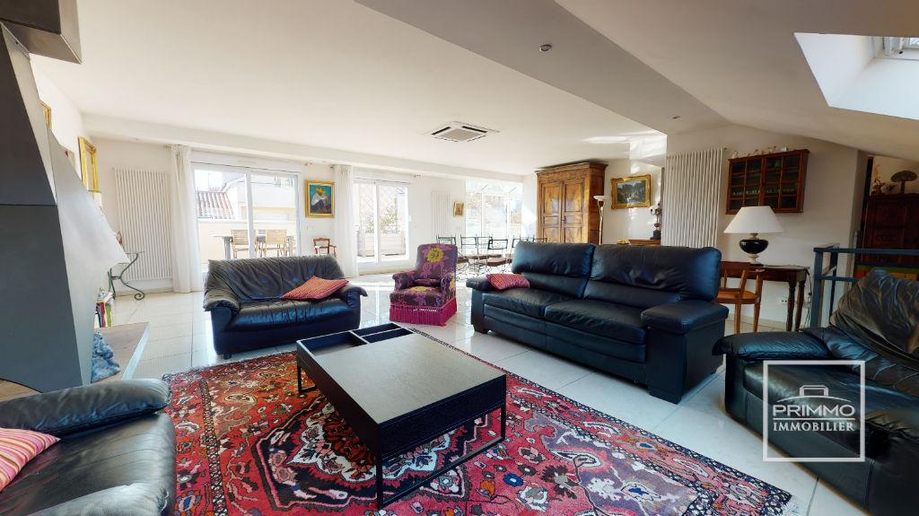 Sale apartment Lyon 2ème 1750000€ - Picture 2