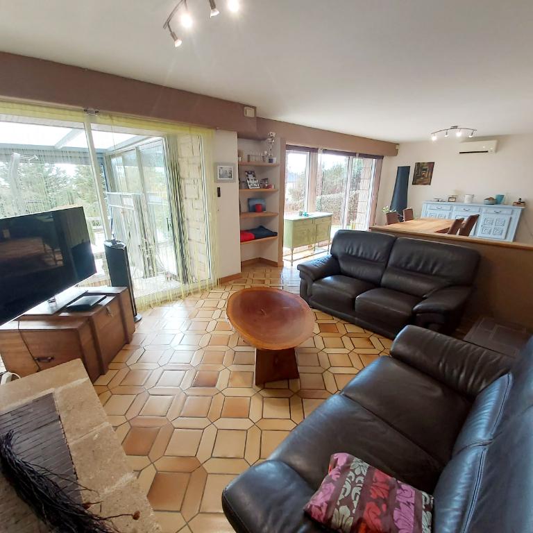 Sale house / villa Saint malo de phily 326970€ - Picture 3