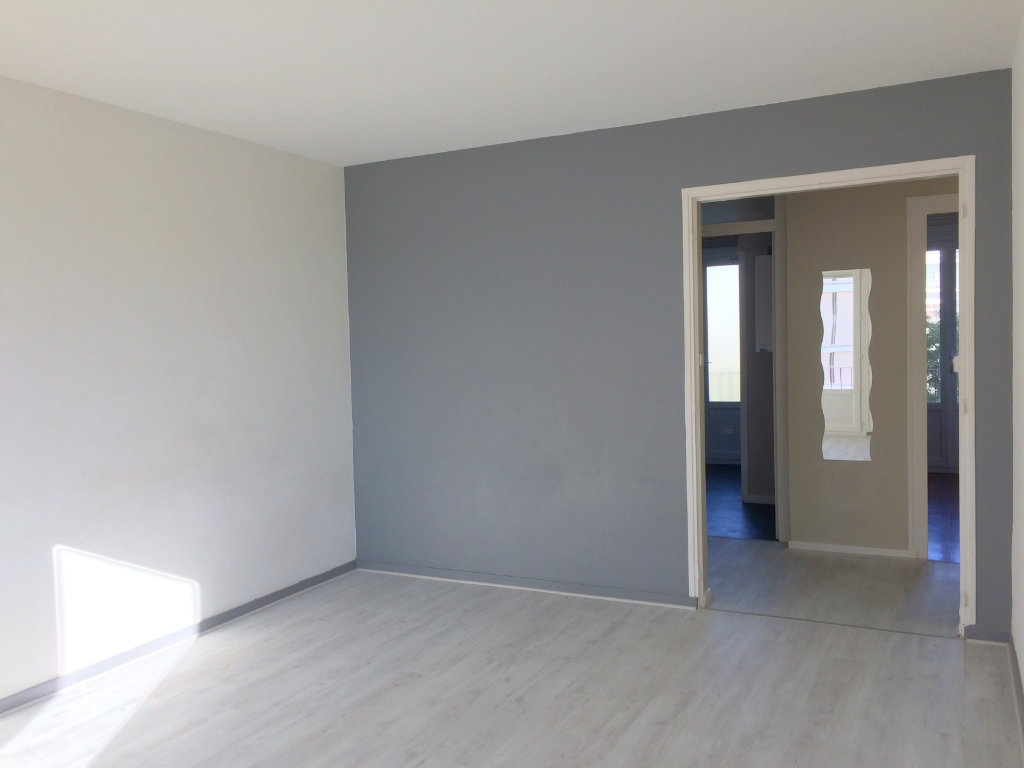 Location appartement La rochelle 620€ CC - Photo 1