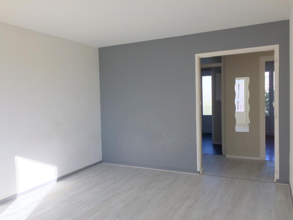 Rés CORMORAN. Quartier BEL AIR, Trois pièces 57 m2