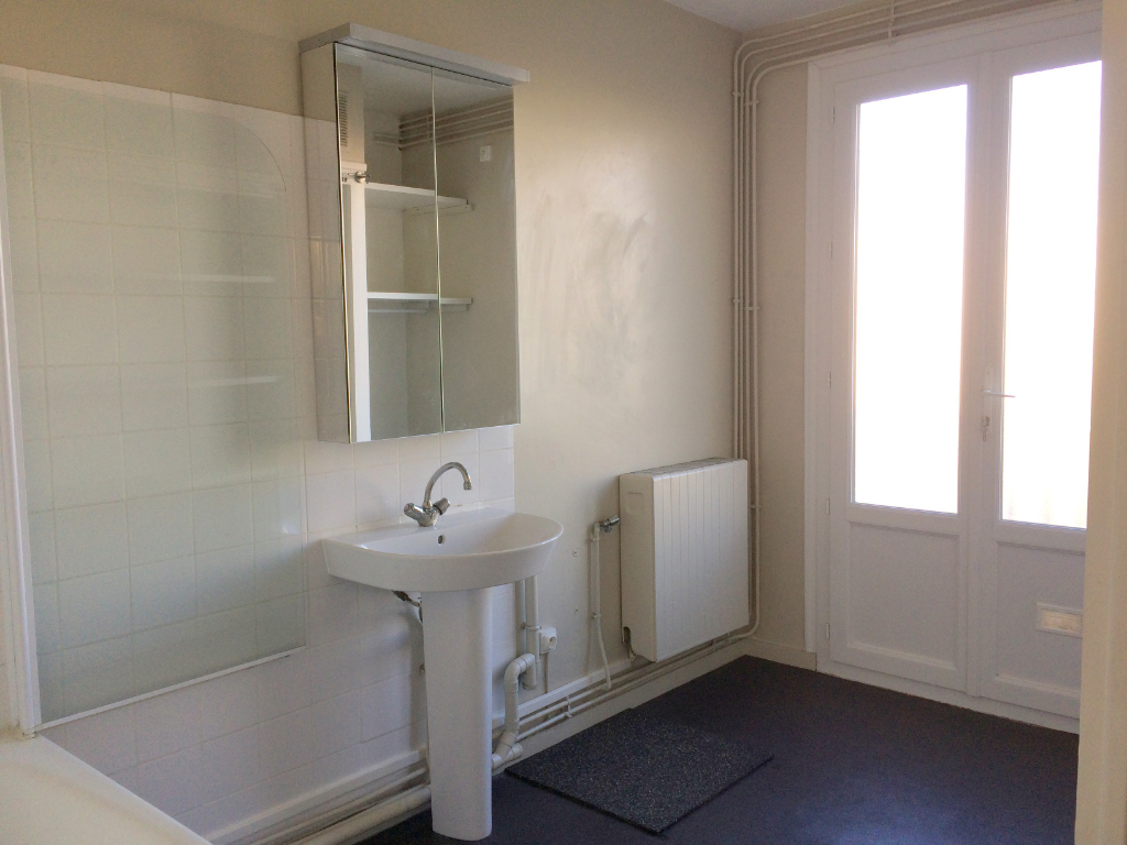 Location appartement La rochelle 620€ CC - Photo 4