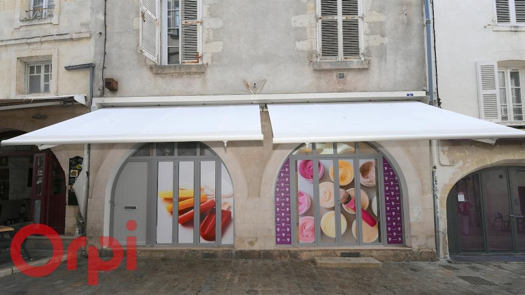Sale building La rochelle 997500€ - Picture 5