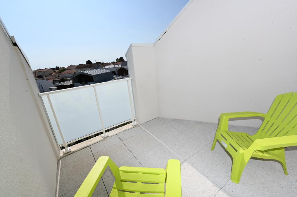 Sale apartment La rochelle 408000€ - Picture 3