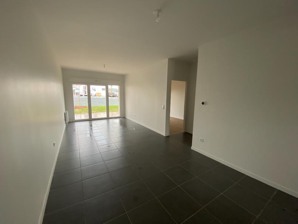 Location appartement Perigny 830€ CC - Photo 1