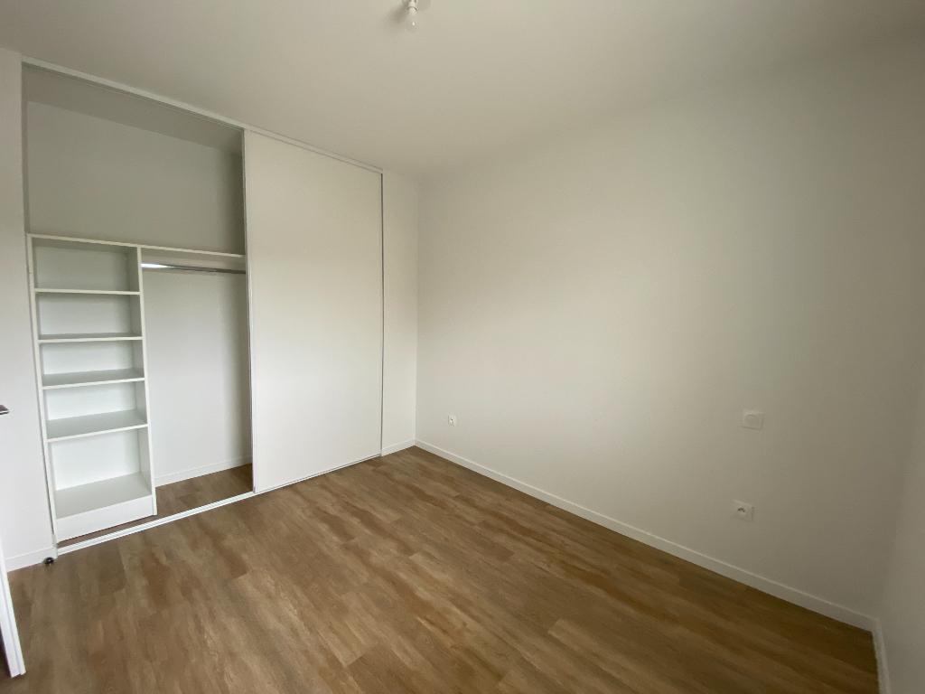 Location appartement Perigny 830€ CC - Photo 3