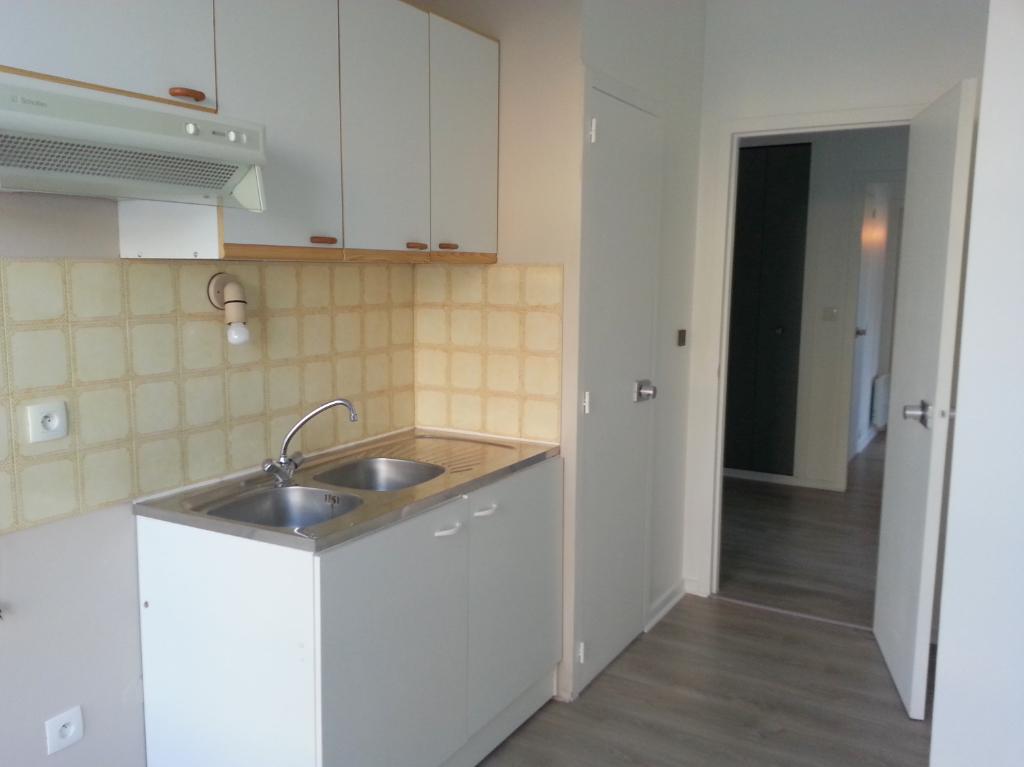 Location appartement La rochelle 810€ CC - Photo 8