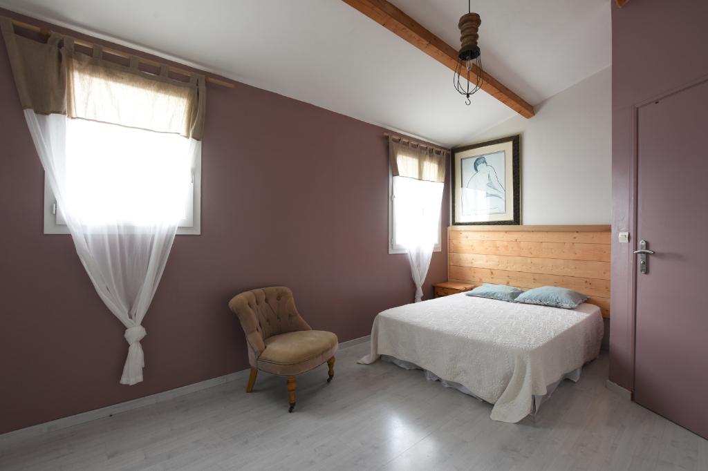 Maison La Couarde Sur Mer 5 pièce(s) 102.50 m2 LA COUARDE SUR MER (17670)