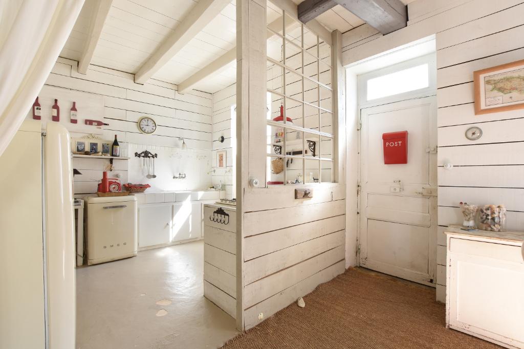 Maison Les Portes en Re d'environ 90m² LES PORTES EN RE (17880)