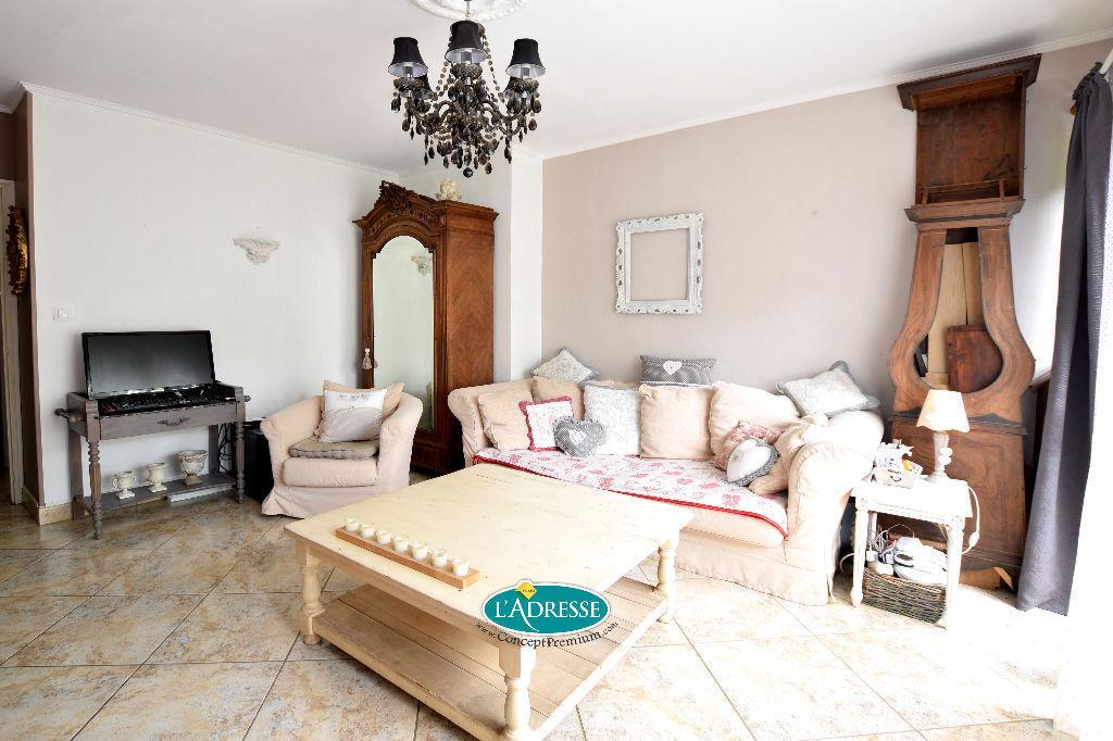 acheter appartement brie comte robert 77170 l 39 adresse concept premium. Black Bedroom Furniture Sets. Home Design Ideas