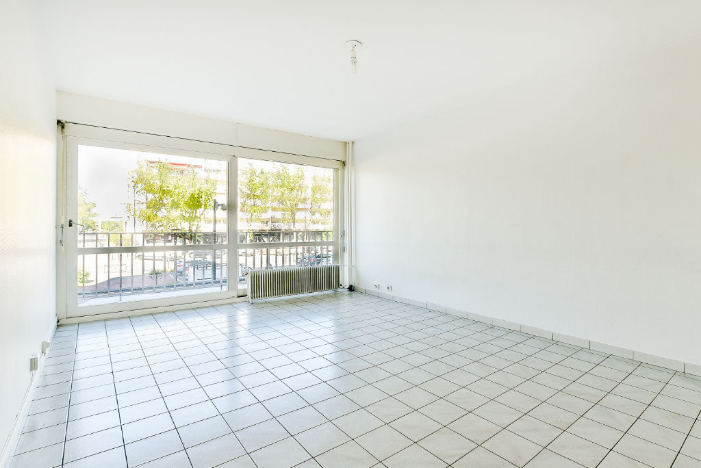 louer appartement melun 77000 l 39 adresse concept premium. Black Bedroom Furniture Sets. Home Design Ideas