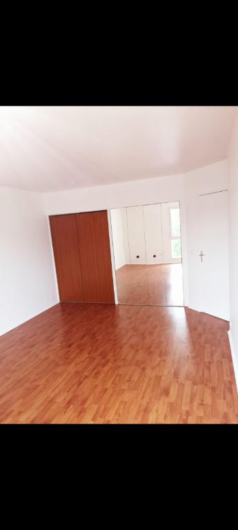 Photo Appartement Eaubonne 1 pièce(s) 32.80 m2 image 1/6