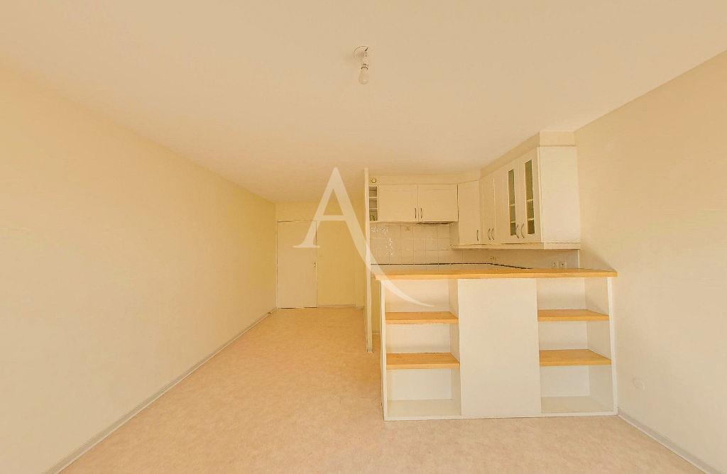 Rental apartment Colomiers 606€ CC - Picture 2