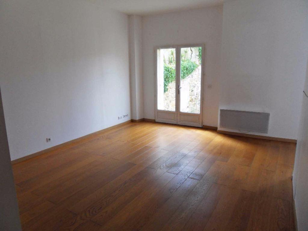 Appartement nangis rdc avec jardinet cave 2 chambres for Vente appartement rdc