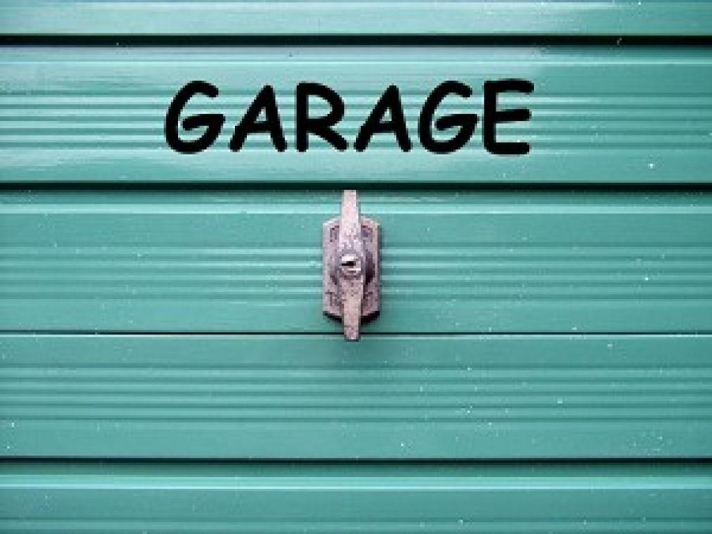 garage st jean de monts acheter 12 m saint jean de monts 85160. Black Bedroom Furniture Sets. Home Design Ideas
