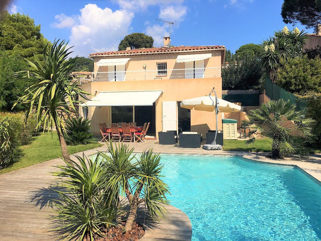 Villa carqueiranne 5 pi ce s 130 m2 piscine carqueiranne for Piscine carqueiranne