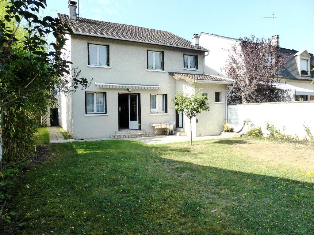 Vente maison appartement bry sur marne 94360 sur le for Vente maison appartement