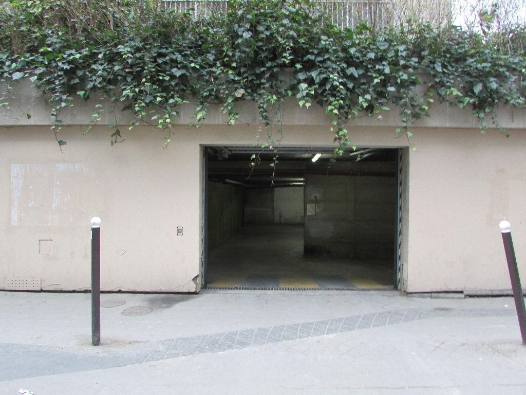 Vente garage parking paris popincourt 11e arrondissement for Garage paris 11e