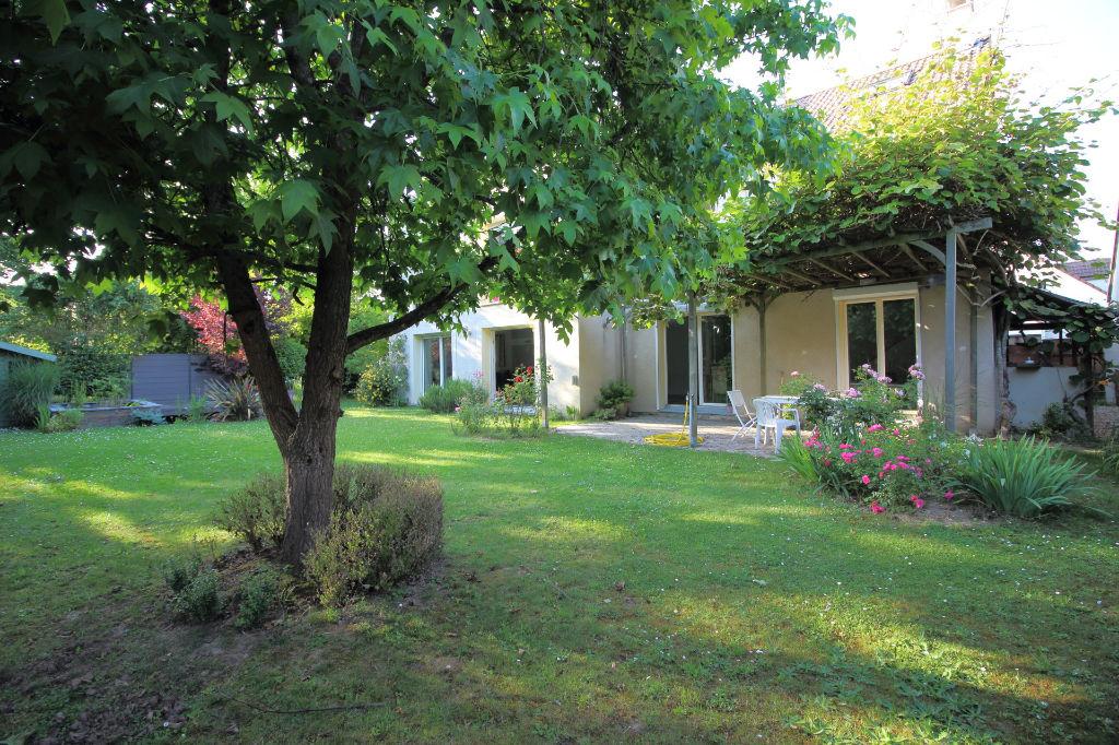 Vente maison voisins le bretonneux 78960 sur le partenaire for Vente maison individuelle montigny le bretonneux