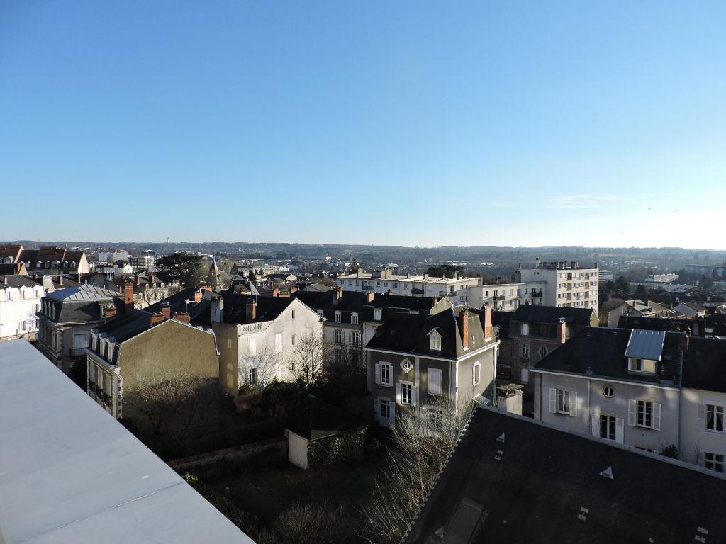 photo de Appartement Limoges 6 pièce(s) 142 m2