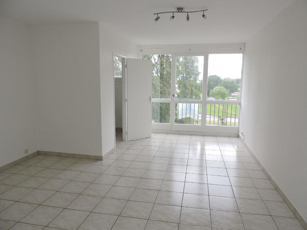 photo de Appartement LIMOGES - 1 pièce(s) - 33 m2 avec parking