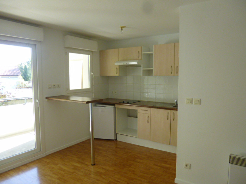1 bedroom 2 room apartment to buy in Dax