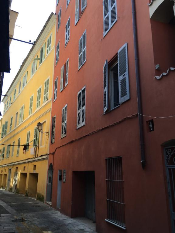 photo de A louer un bel appartement T3 centre ancien de Bastia