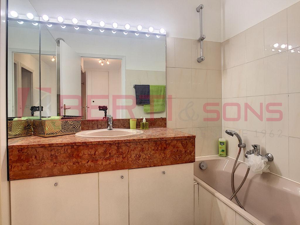 Sale apartment Mandelieu la napoule 449000€ - Picture 9