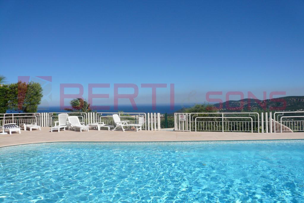 Splendide appartement 4 pièces 140m² vue panoramique mer et Esté