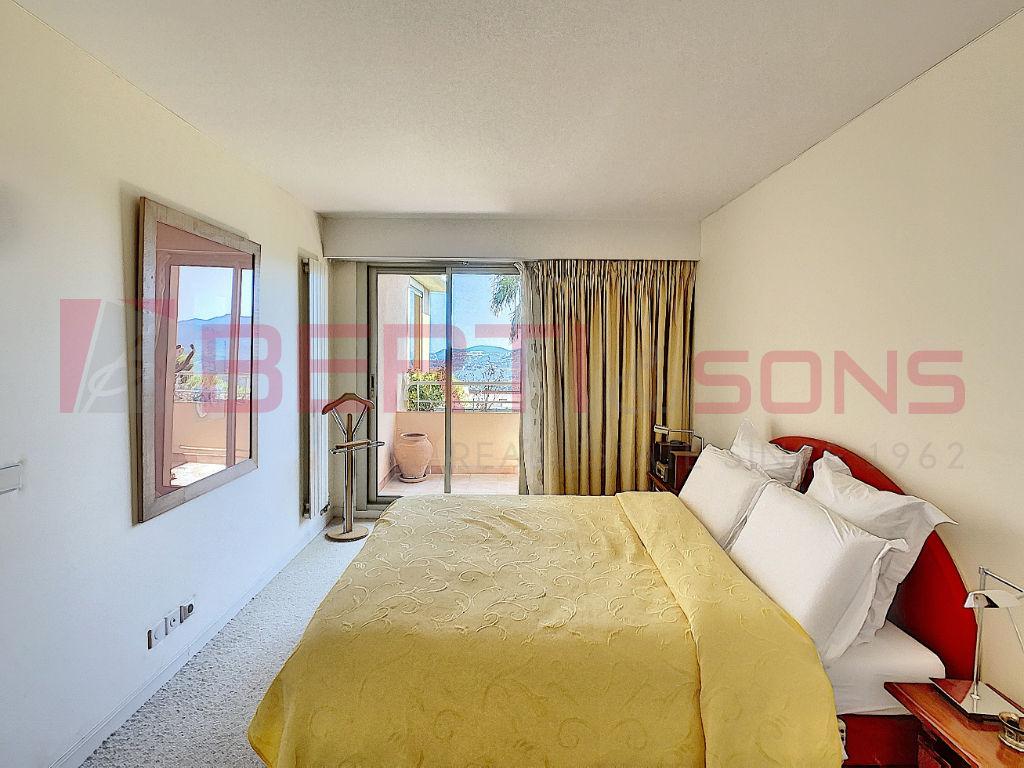 Sale apartment Mandelieu la napoule 789000€ - Picture 9