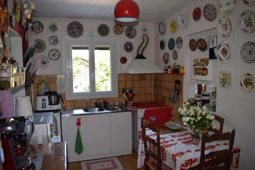 Sale house / villa Freneuse 199000€ - Picture 5
