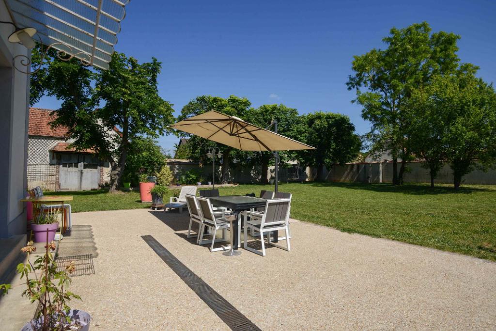 Sale house / villa Freneuse 540000€ - Picture 5