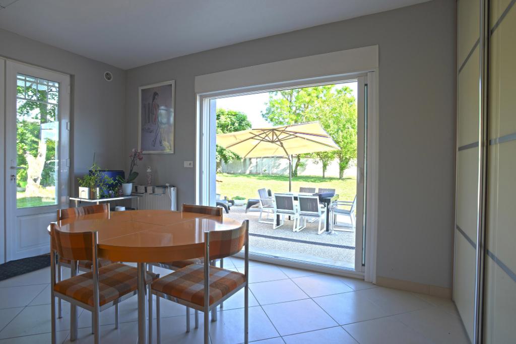 Sale house / villa Freneuse 540000€ - Picture 9