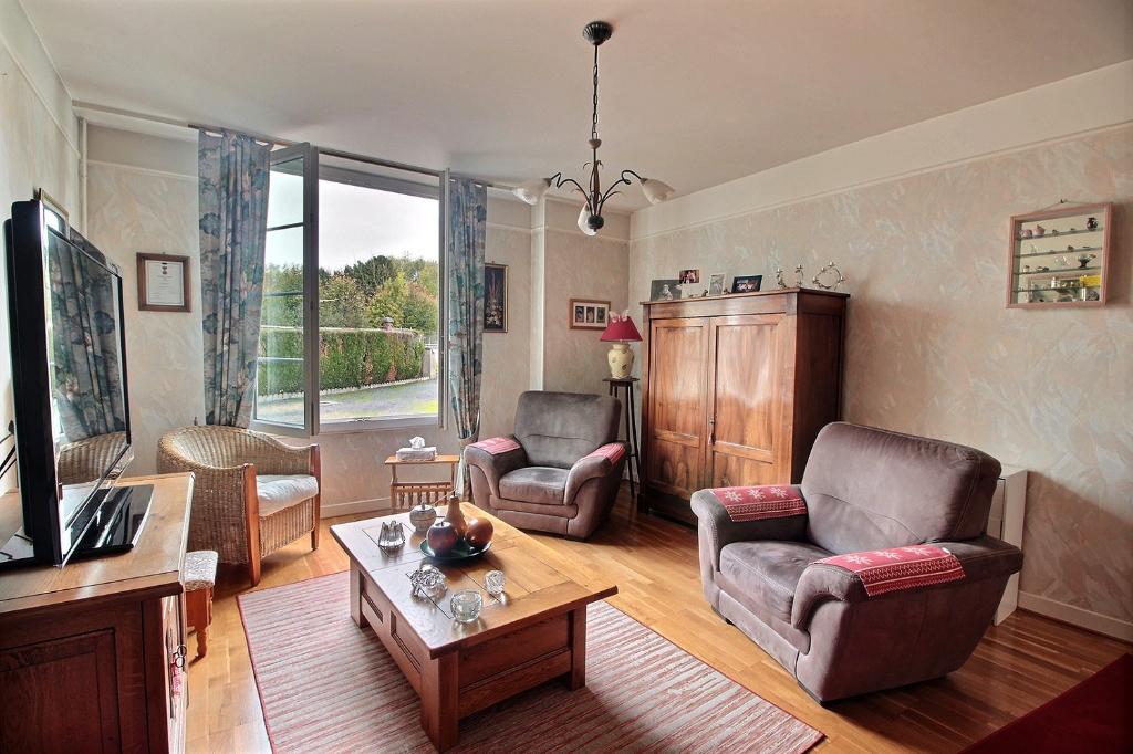 Maison de village a pontigny de 146 m2 compos e de deux - Deux maisons sur un seul terrain ...
