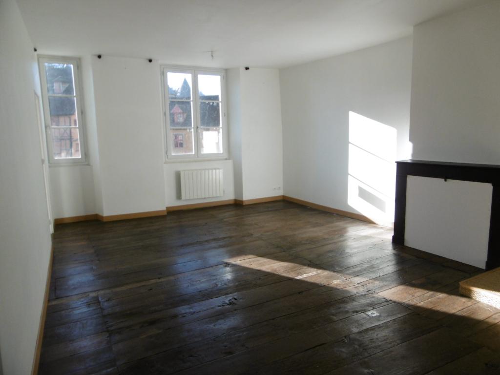Appartement Aubusson 3 pièce(s) 65 m2