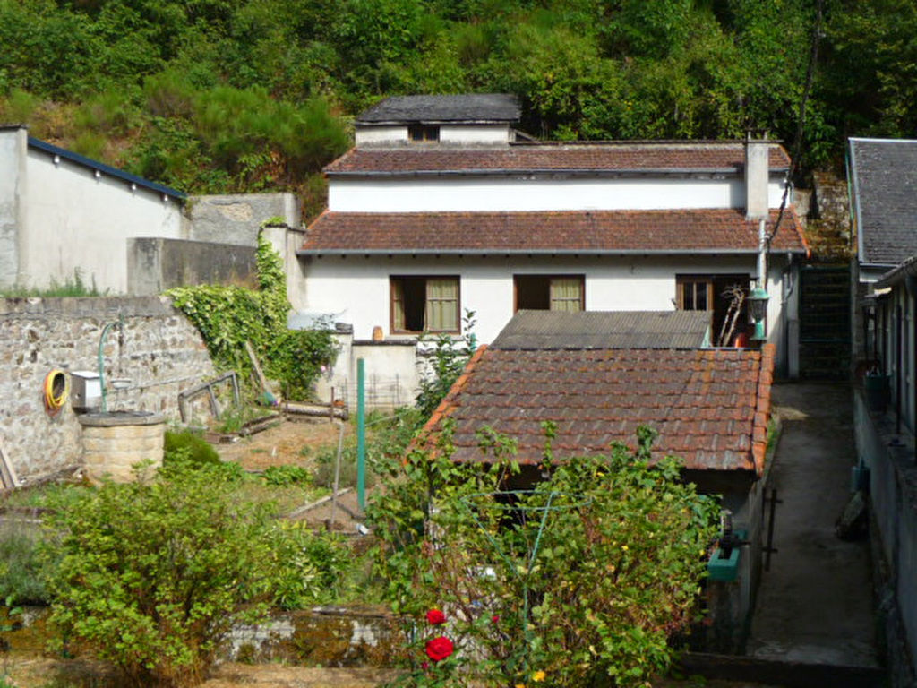 R f 5137 maison de ville avec grand jardin et garages - Maison de ville avec jardin ...