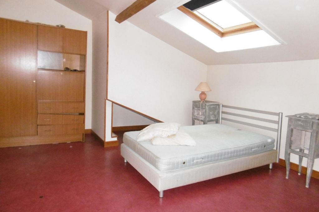 Appartement atypique sur sous sol aubusson 23200 for Appartement atypique
