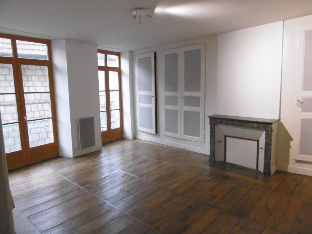 photo de Appartement F2 Centre ville , tout confort, et atypique