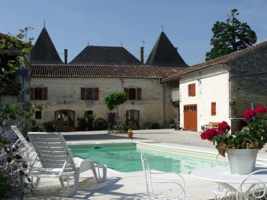 Charente maritime aujac near matha manoir avec 7 - Chambre des notaires charente maritime ...