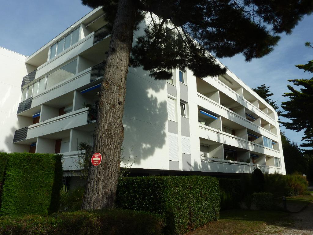 À vendre, 3 pièces, sur le port de La Baule proche plage Benoit, juste à côté du centre ville du Pouliguen, calme & résidentiel