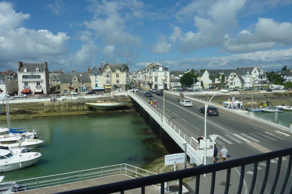<br /> À vendre appartement 3 Pièces avec vue sur le Port du Pouliguen, proche La Baule Benoit<br />