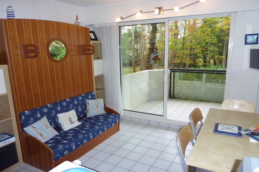 <br /> à vendre, Appartement 1 pièce cabine, quartier Benoit, accès direct plage, proche port & centre ville du Pouliguen, calme<br />