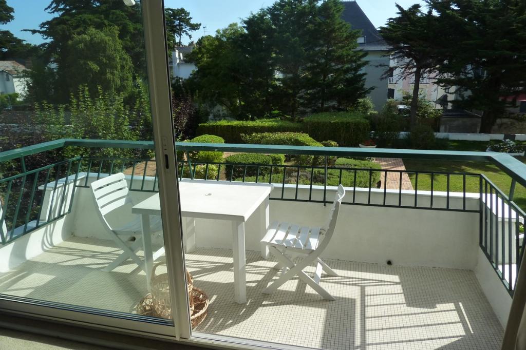 À vendre 2 pièces sur La Baule avec accès direct plage Benoit, avec aperçu mer, calme & résidentiel