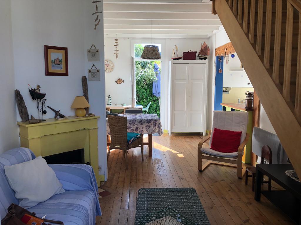 À vendre maison à La Baule, au coeur du centre ville proche du marché et de la plage.