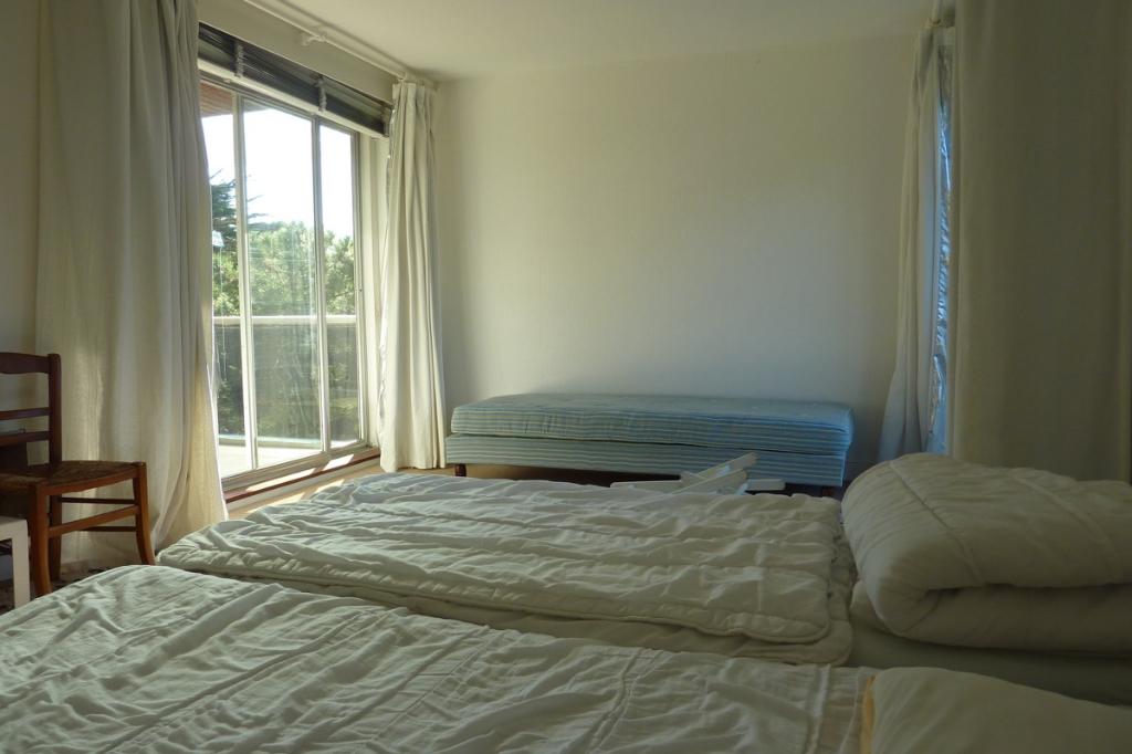à vendre, 3 pièces, au coeur du quartier des Grands Hôtels, proche Casino & Mer, calme & résidentielle 3 pièce(s) 66 m2