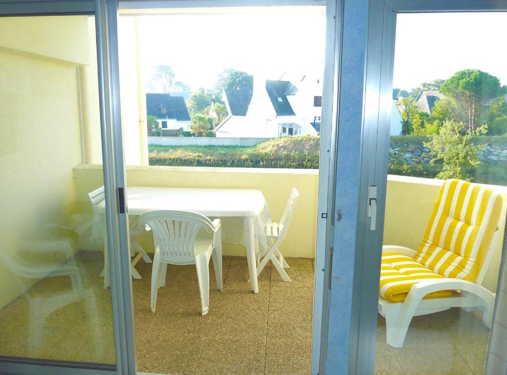 à vendre, 2 pièces, à 700m de la plage, proche des grands Hôtels & du Casino, calme & résidentiel