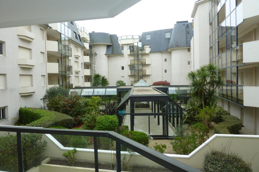à vendre, 4 pièces, quartier Benoit, Vue sur mer, accès direct plage, calme & résidentiel, proche port & centre ville du Pouliguen