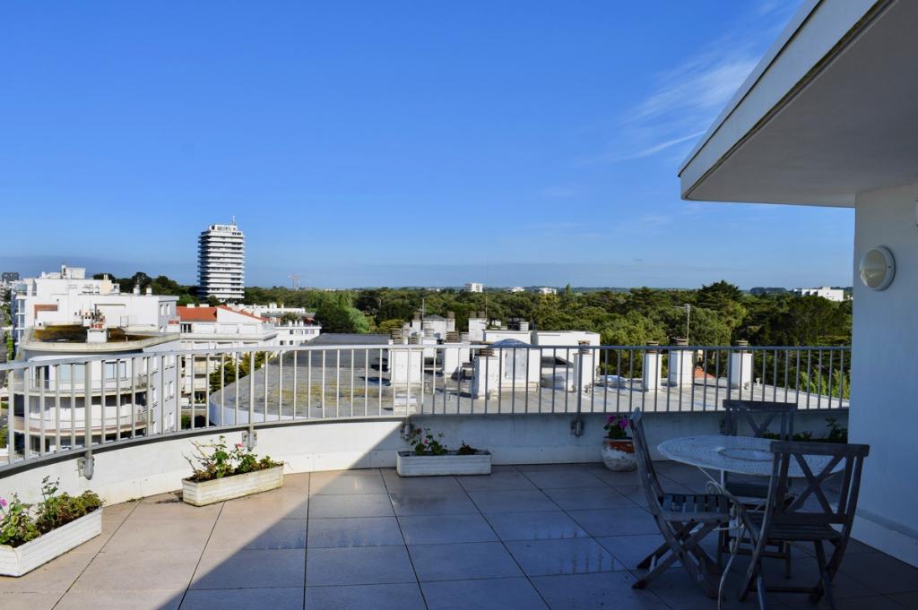 À vendre appartement face mer à La Baule, proche quartier piscine Aquabaule