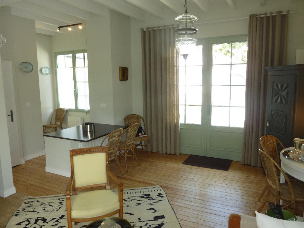 À vendre maison et terrain proche mer quartier des Grands Hôtels, calme