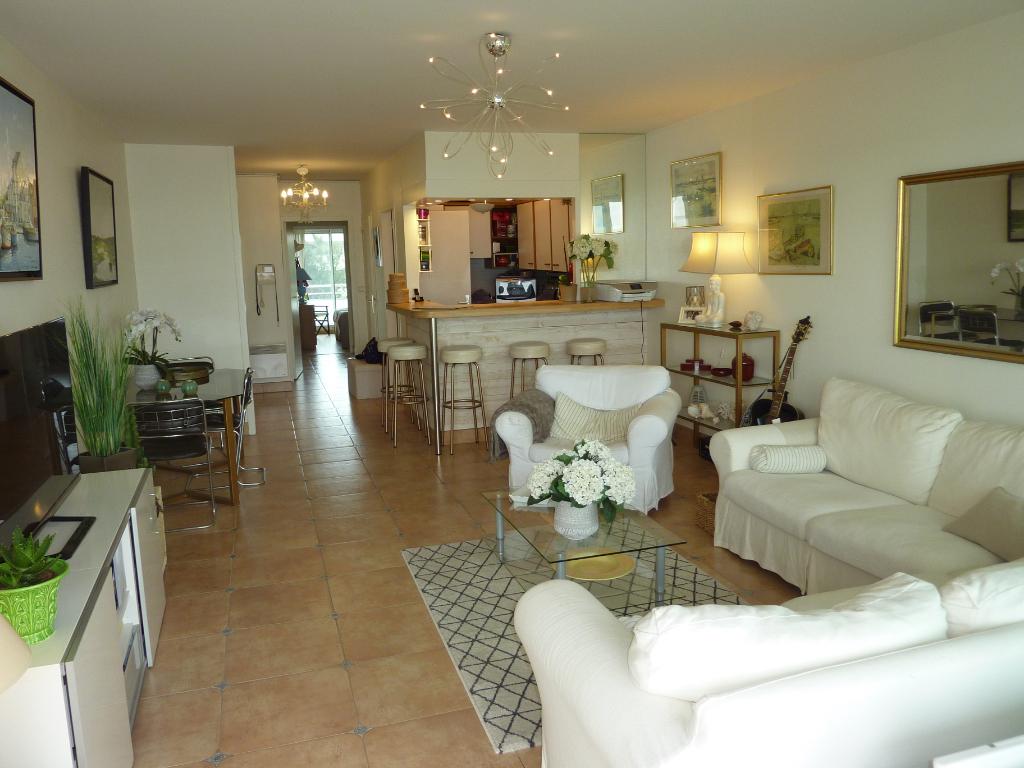 À vendre appartement 3 pièces Face Mer à La Baule Proche de De Gaulle et marché, résidentiel