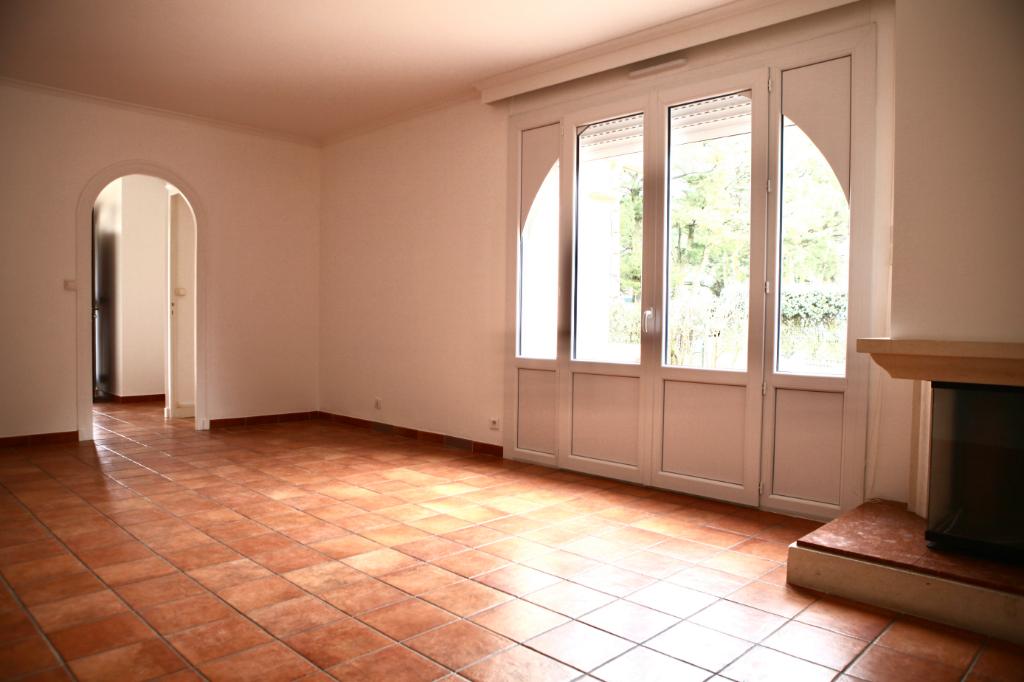 A vendre maison de 4 pièces au coeur de la Baule Les pins, proche de Lajarrige et de l'allée Cavalière, calme